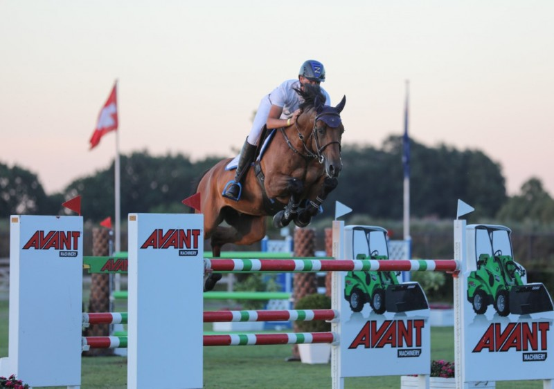 Christian Ahlmann and Atomic Z win in Peelbergen!